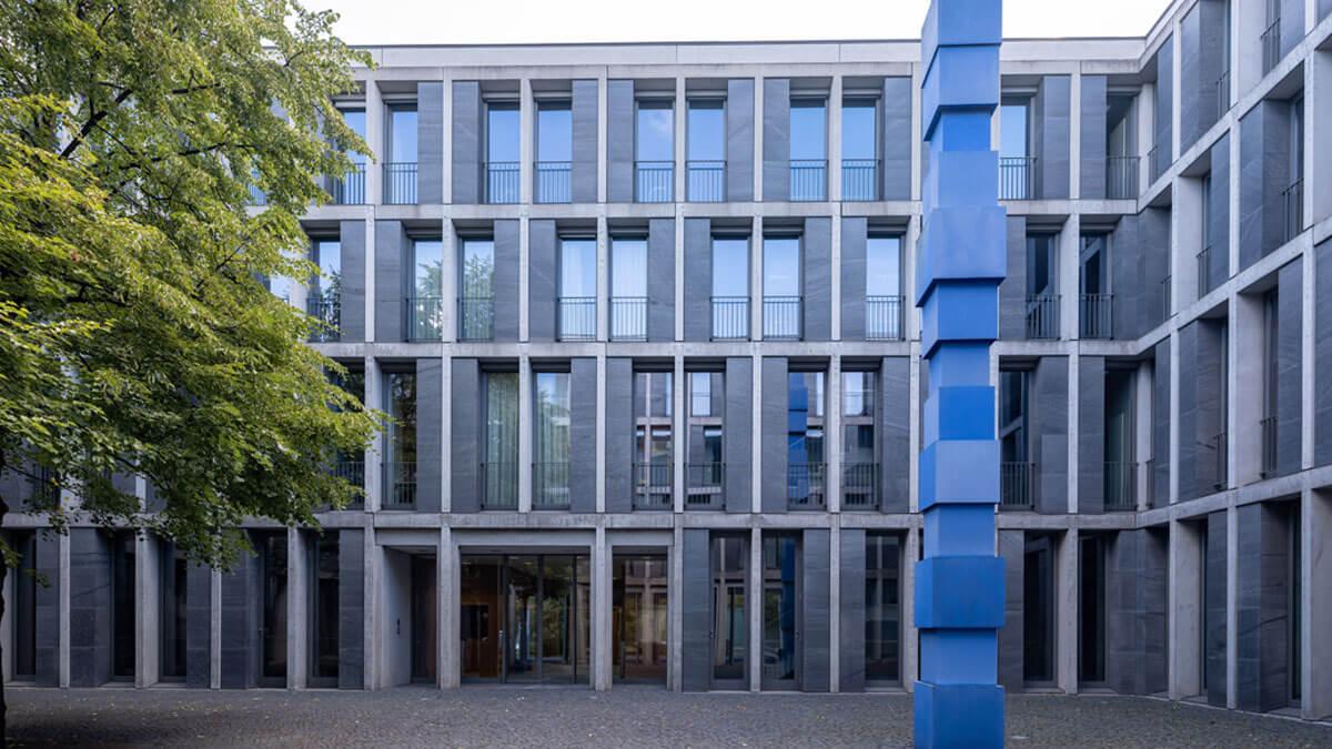 Innenhof des Bundesarbeitsgerichts